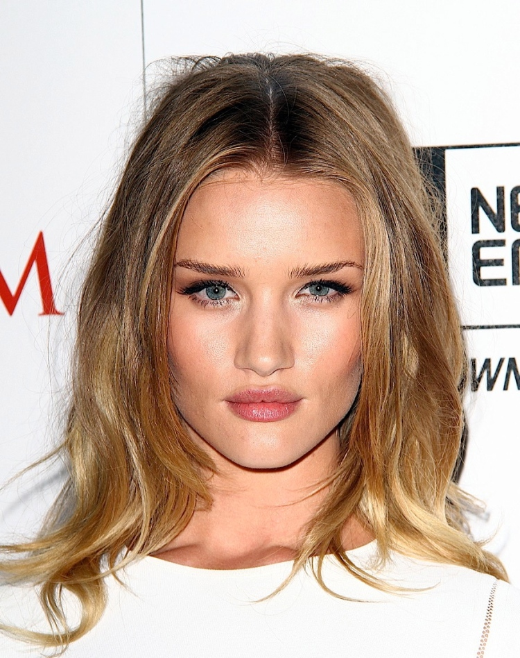 Rosie-Huntington-Whiteley05-25-transformers-8