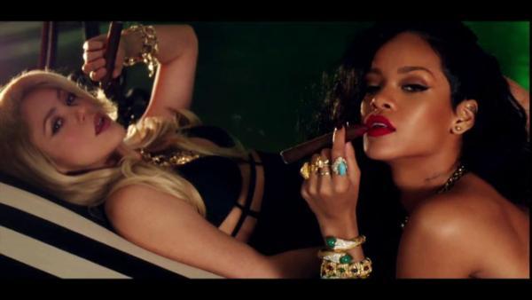 Shakira Rihanna